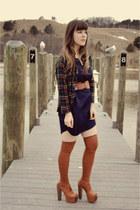 navy yaneldys via delightful dozen dress - tawny Urban Outfitters socks - navy t