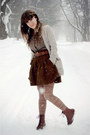 Dark-brown-vintage-crown-boots-light-brown-forever-21-tights-eggshell-lulus-
