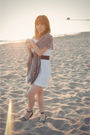 White-megan-nielsen-dress-gray-urban-outfitters-belt-gray-urban-outfitters-s