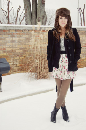 black H&M coat - heather gray Pac Sun top - olive green American Apparel tights