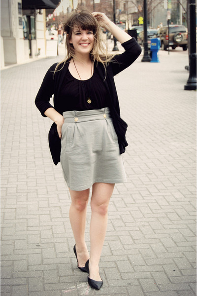 black Forever 21 top - black Sam & Libby shoes - gray modcloth skirt