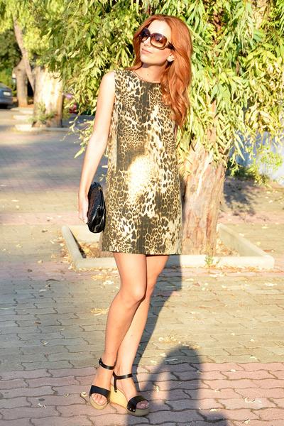 Chanel purse - Maje dress - Tom Ford sunglasses - Chanel wedges