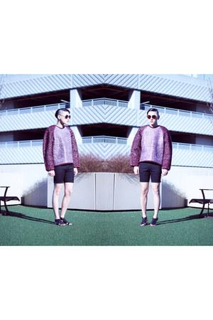 chunky knit Alexander Wang sweater - skinny Zara shorts