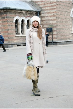 boots - coat - hat - bag - pants