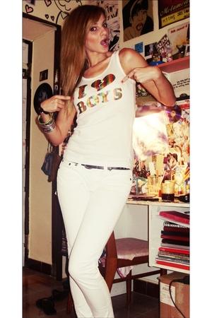 white top - white jeans