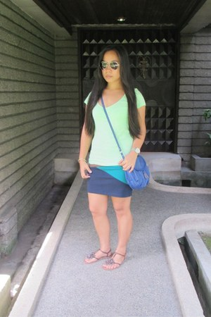 Forever 21 skirt - blue Mango bag - black Mango sunglasses - silver Fossil watch