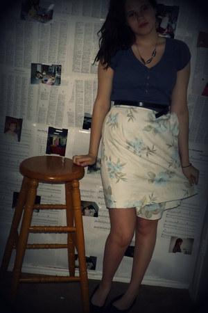 light blue rayon Floral skirt- Van Heusen skirt