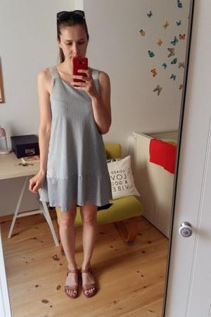 white unknown dress - brown Lasocki sandals