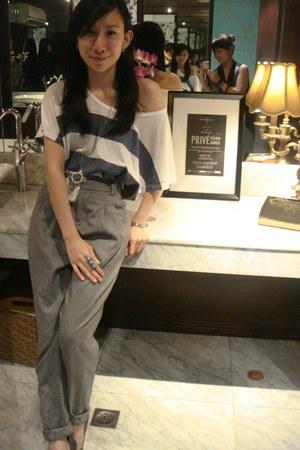 Oxygen pants - Oxygen top - Nine West heels - anagon accessories