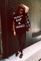 PUNKS, RAP & GANGS.