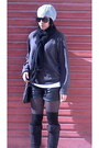 Cotton-foshini-scarf-leather-yde-shorts-wool-foshini-socks