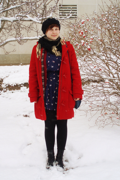 blue Forever 21 dress - black Manguun boots - red H&amp;M coat - blue vintage purse