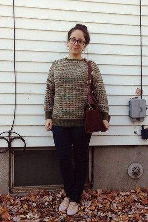 olive green vintage sweater - peach Urban Outfitters shoes - navy Gap jeans