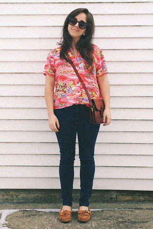 hot pink vintage shirt - tawny Minnetonka shoes - navy Gap jeans