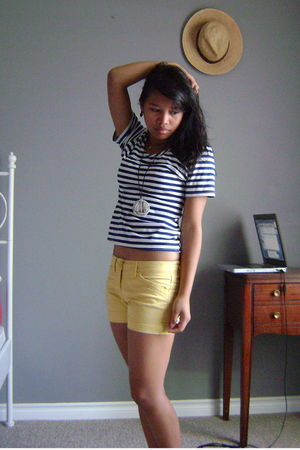 gold thirifted shorts