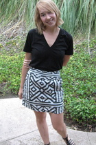 American Apparel t-shirt - Billabong skirt - sam edelman shoes