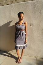 blue vintage dress - brown free people shoes - brown thrifted belt