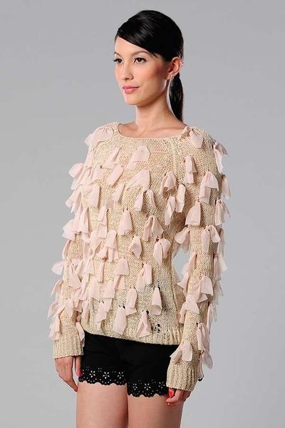 Azorias sweater