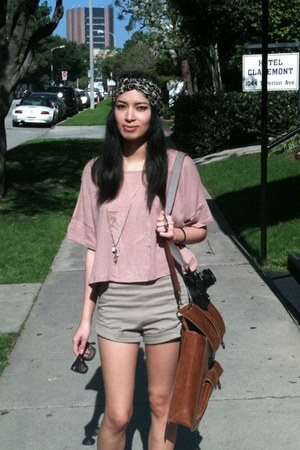 Kimchi Blue bag - shorts - H&M top