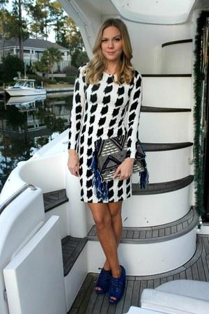 fringe asos bag - print Karen Kane dress - fringe asos heels