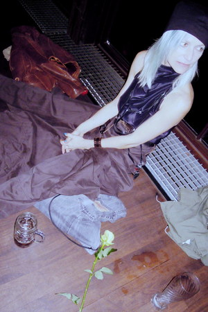 black babette versus hat - babette versus skirt