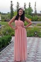 neutral floral DIY hair accessory - peach no name dress - light pink Zara heels