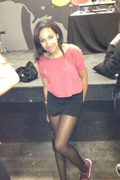 f91d587c35 burgundy Vans shoes - pencil skirt H&M shirt - polka dot Forever 21 tights