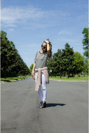 pink brandy melville sweater - white Sophie & Trey jeans - black H&M t-shirt
