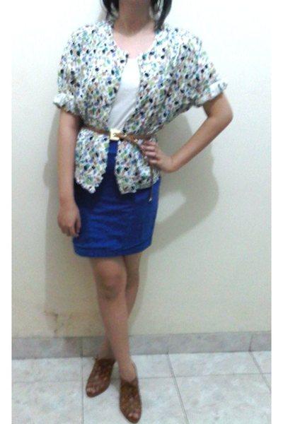 white t-shirt - white blouse - brown skirt - blue belt - brown shoes
