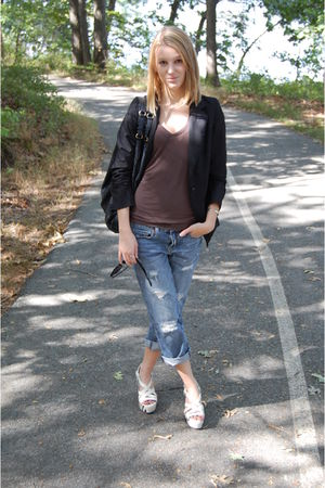 black blazer - brown Tahari t-shirt - blue jeans - white Cole Haan shoes