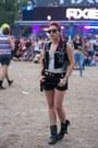 Zara-boots-choies-bag-badstyle-vest