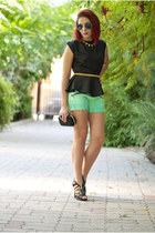 black BAD Style top - Dasha bag - aquamarine Levis DIY shorts