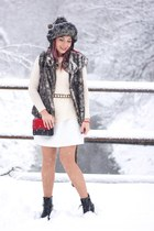StyleMoi sweater - Choies bag - Mango belt