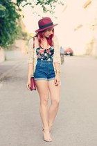 romwe top - Choies hat - Choies bag - romwe shorts - romwe cardigan