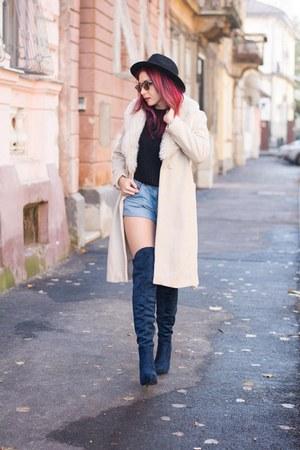 Jessica Buurman boots - Choies coat - Choies hat - Ray Ban sunglasses