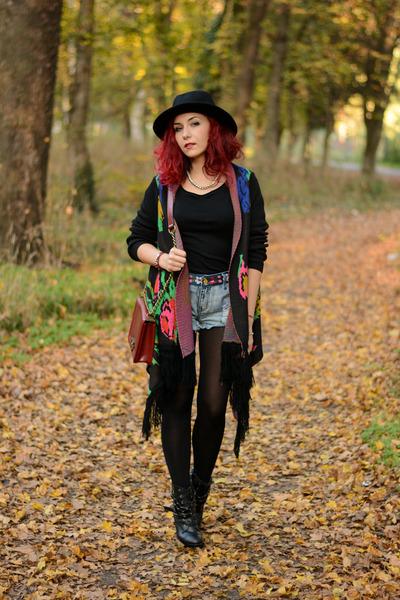 Choies hat - Choies bag - Choies shorts - Choies cardigan - romwe necklace