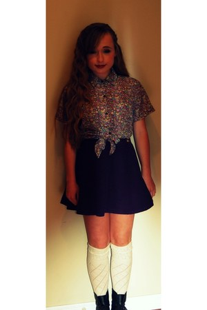 American Apparel skirt - Anne Klein boots - Roxy socks