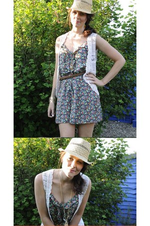 tan straw trilby H&M hat - beige thrifted vest