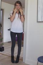 Bik Bok t-shirt - pieces jeans - vagabond boots