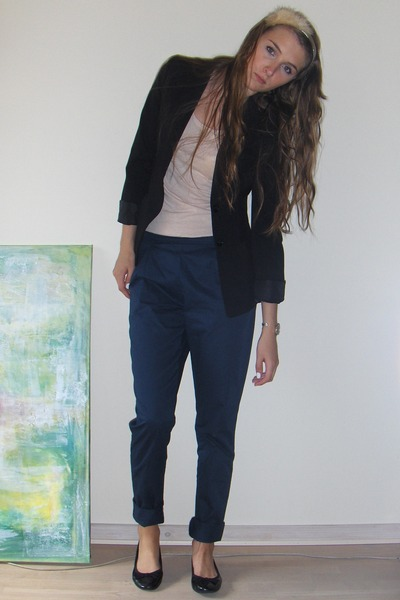 blue chino samsoesamsoe pants - black ballet flats H&M shoes