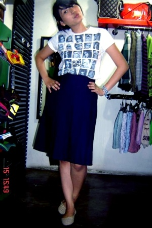Flea Magic t-shirt - next skirt - shoes