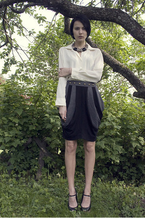 gray iiS of Norway skirt - black Zara wedges - cream Vintage via Shoppalu blouse