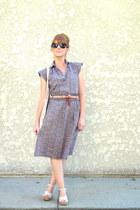 vintage dress - neutral vintage bag - black Old Navy sunglasses