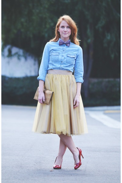 sky blue shirt - camel tulle eShakti skirt - red corso como pumps