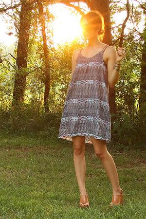 blue H&M dress - black aj morgan sunglasses - brown Jeffrey Campbell shoes - sil