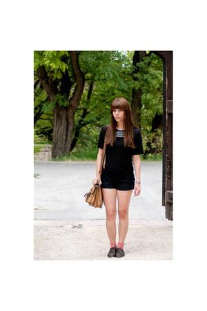 dark brown vintage shoes - black transparent Zara shirt - camel vintage bag