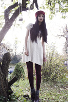 white knit Pixie Knitwear dress - crimson oxford DinSko shoes