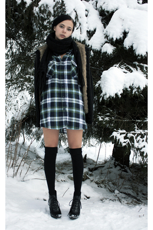 green plaid shirt - black faux-fur knit jacket - black scarf - black stockings -