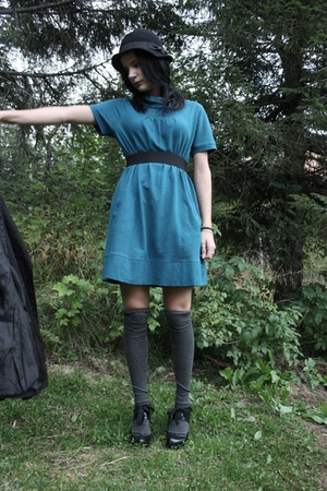 JSFN dress - lindex stockings - JSFN shoes - H&amp;M hat - Cubus coat - DIY belt