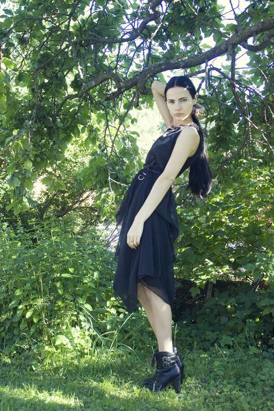 black lace-up booties DinSko shoes - black Solilor dress - black Cubus belt